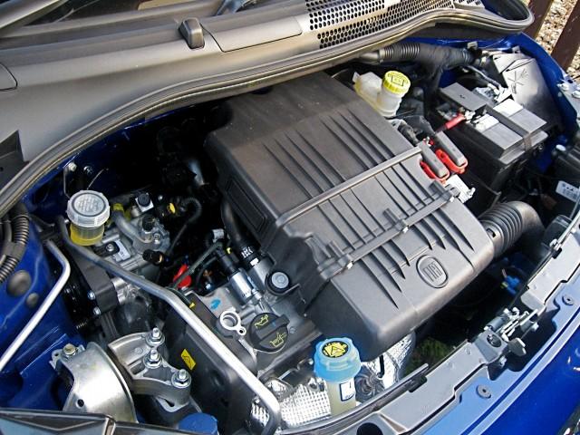 PACHET REVIZIE Filtre UFI FIAT 500 (312_) 1.2 - 1.4 CNG-LPG 10.03-